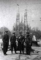 Блинов В.М. (третий слева). Австрия. 1945 г.