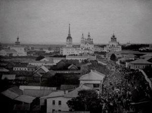 Крестный ход по Спасской улице. Начало ХХ в.