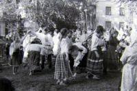 Гуляния в 9 Пятницу. Фото В.А. Савинова. 1991 г.